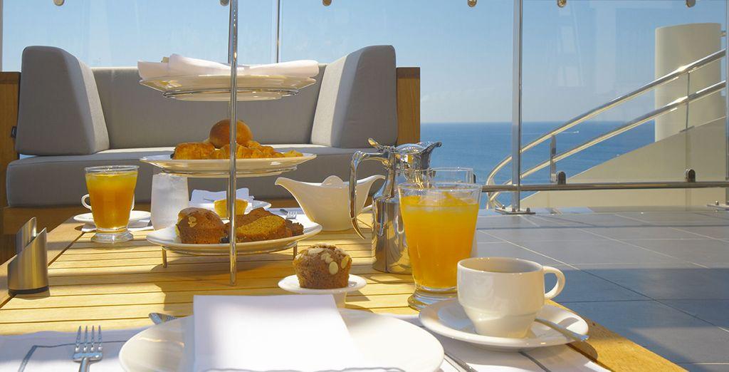 et votre terrasse pour un petit-déjeuner ensoleillé