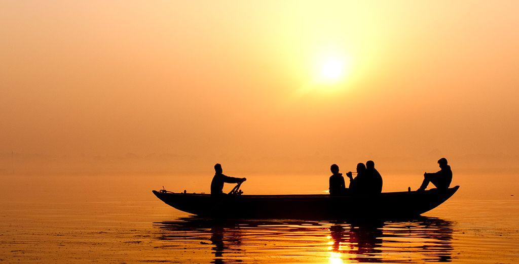 En barque...