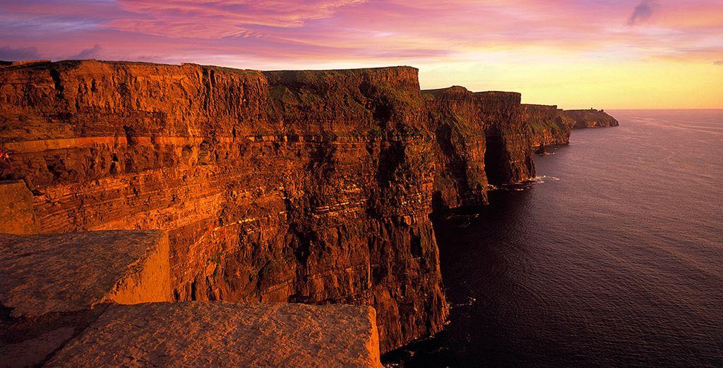Et l'incroyable falaise de Moher, qui rougeoie au coucher du soleil