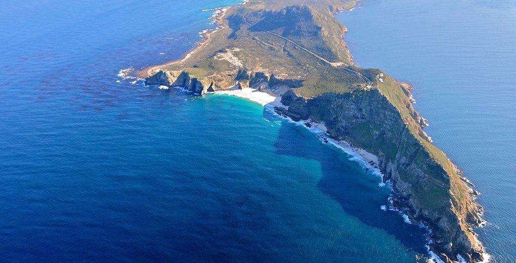 Vous rejoindrez le Cap de Bonne-Espérance, redouté par les navigateurs qui l'ont rendu si célèbre