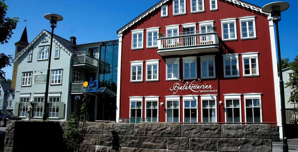 au restaurant Fjalakötturinn.