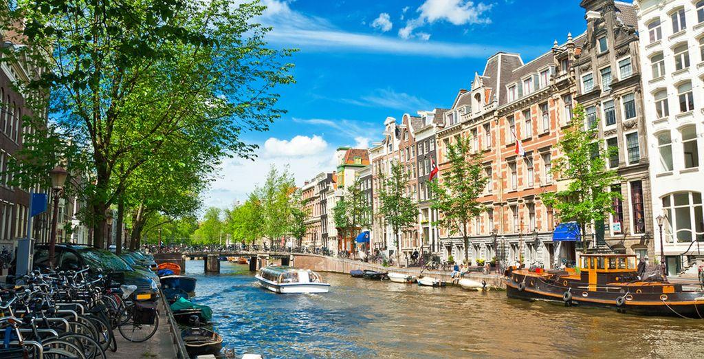 La capitale hollandaise est l'endroit idéal pour faire de jolies balades