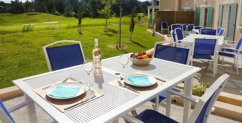 Vous passerez d'agréables moments à Cabriès, en plein coeur de la Provence.