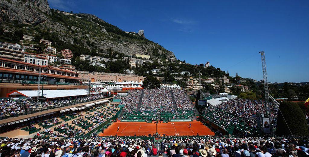 Sous le ciel ensoleillé de Monaco