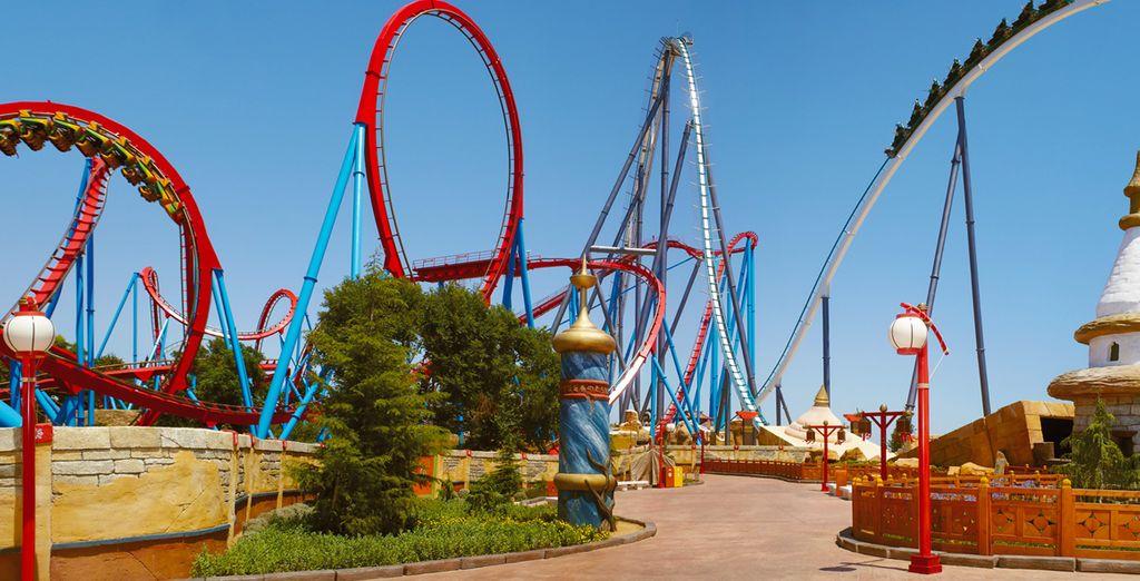 Partez à la découverte de PortAventura Park avec sa quarantaine d'attractions !
