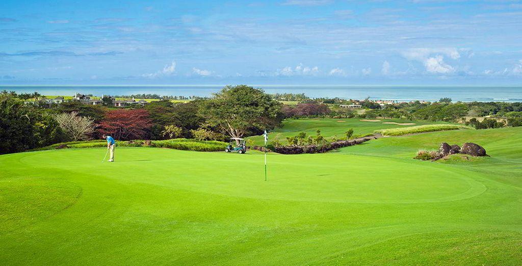 Profitez également des infrastructures de l'hôtel, entre parcours de golf...