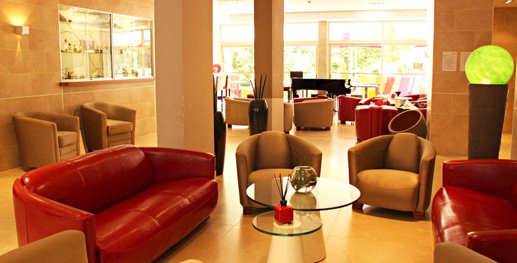À l'élégant Hôtel Montaigne & Spa 4*
