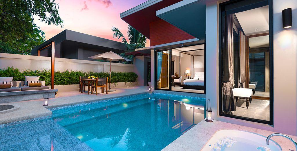 Ou pénétrez dans le cadre luxueux de la Grand Deluxe Pool Villa