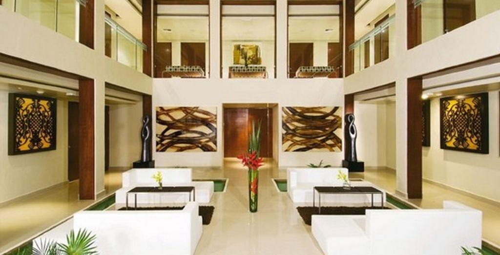 Admirez le raffinement de la décoration du lobby