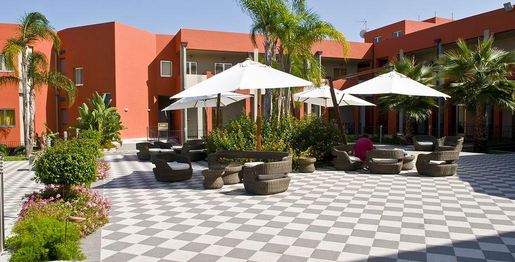 Des espaces de détente seront aussi à votre disposition pour vous relaxer à tout instant ...
