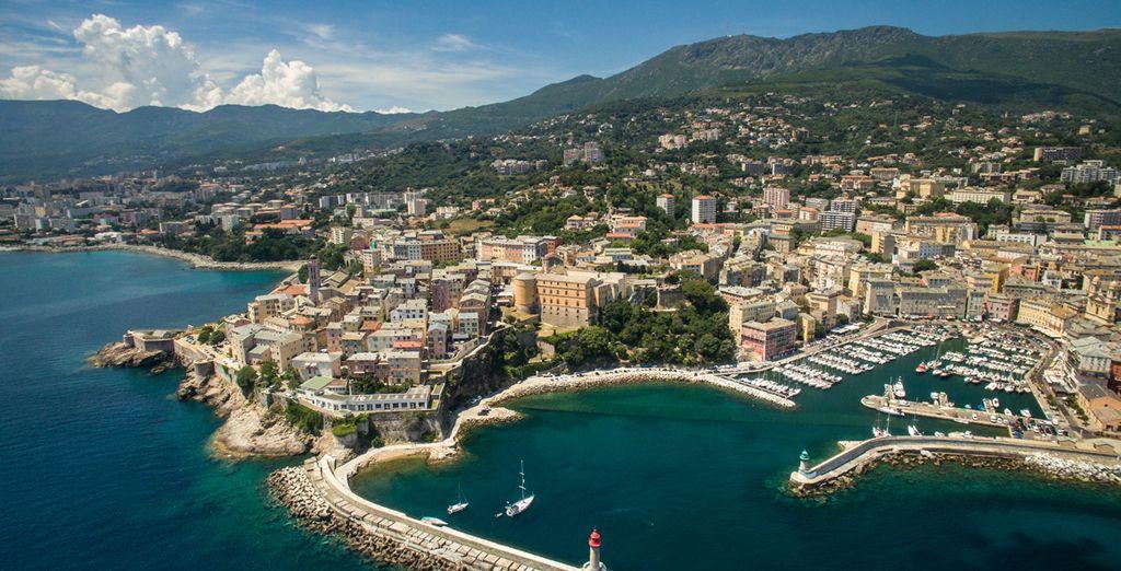Puis partez à la découverte de la Corse