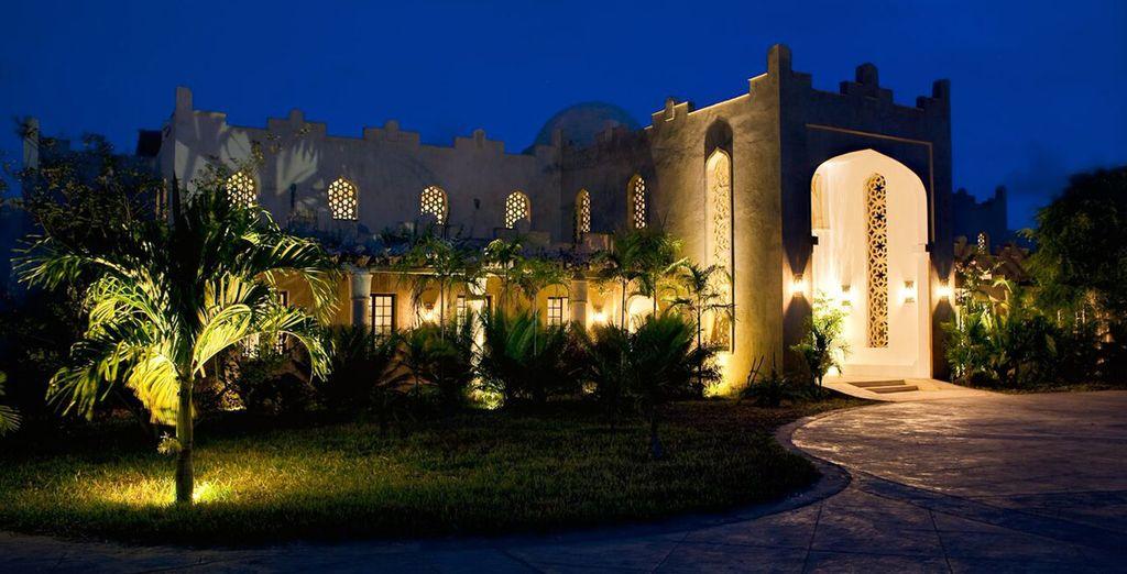 Offrant un mélange harmonieux des influences architecturales de la côte de l'Afrique, d'Arabie, d'Inde et de Zanzibar