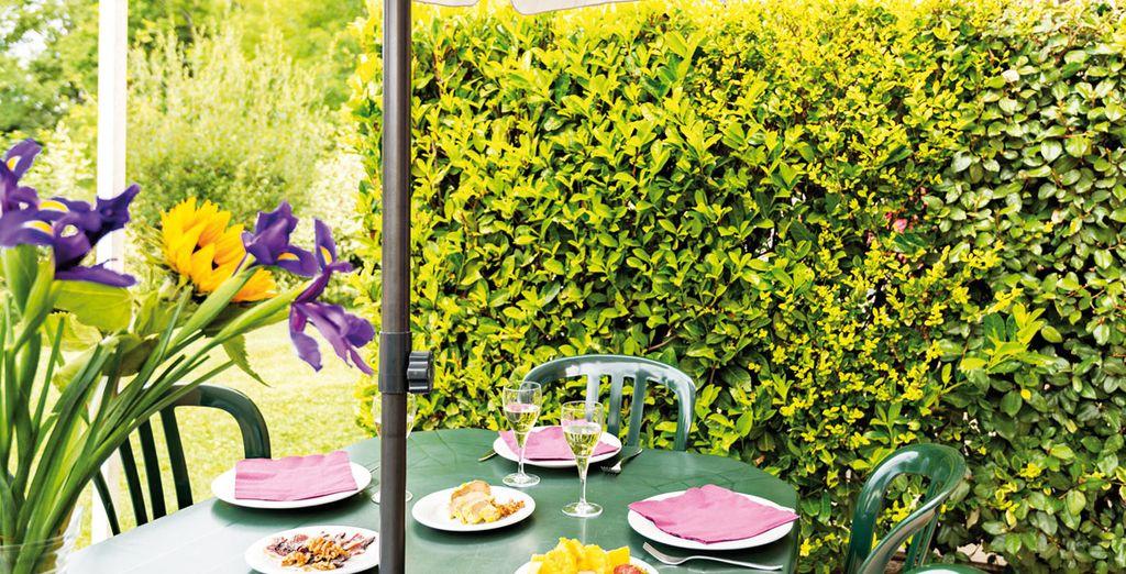 Pour partager des moments conviviaux dans le jardinet