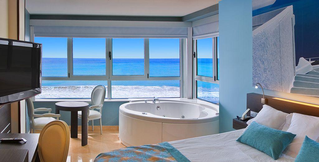 H tel villa del mar 4 voyage priv jusqu 39 70 for Hotel avec jacuzzi dans la chambre la rochelle