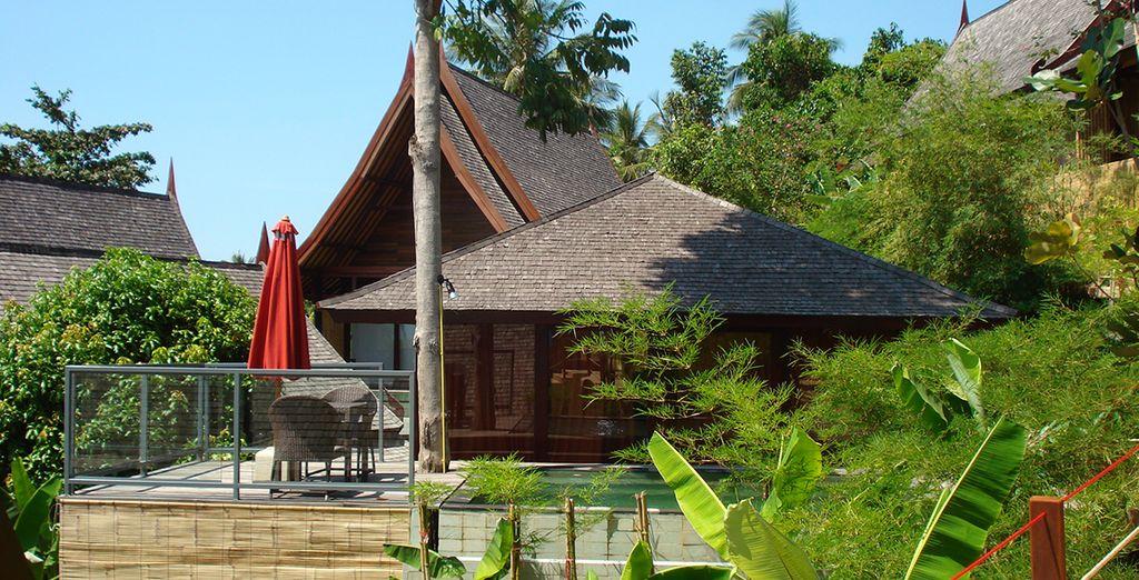 Ou prenez place en Villa Piscine Coucher de Soleil