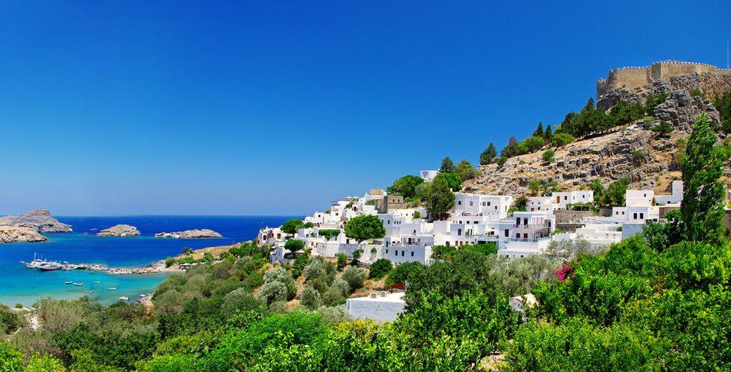 Suivez-nous sur ce petit paradis au cœur de la mer Egée !