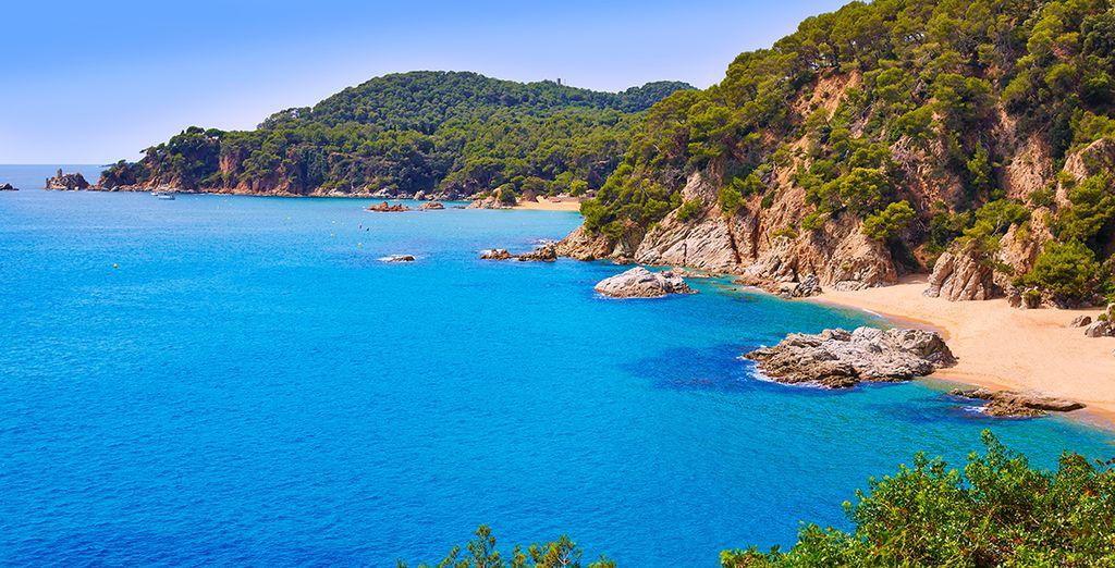 Votre hôtel bénéficie d'un emplacement idéal pour partir à la découverte de la Costa Brava