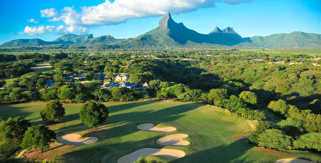 Essayez-vous au golf sur l'un des parcours à proximité