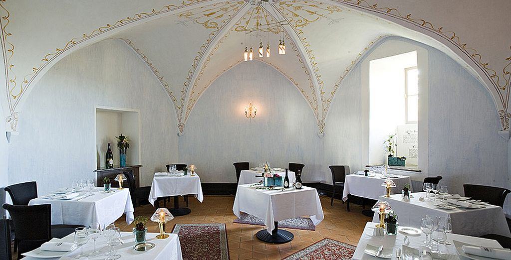 Prenez place au restaurant du Château...
