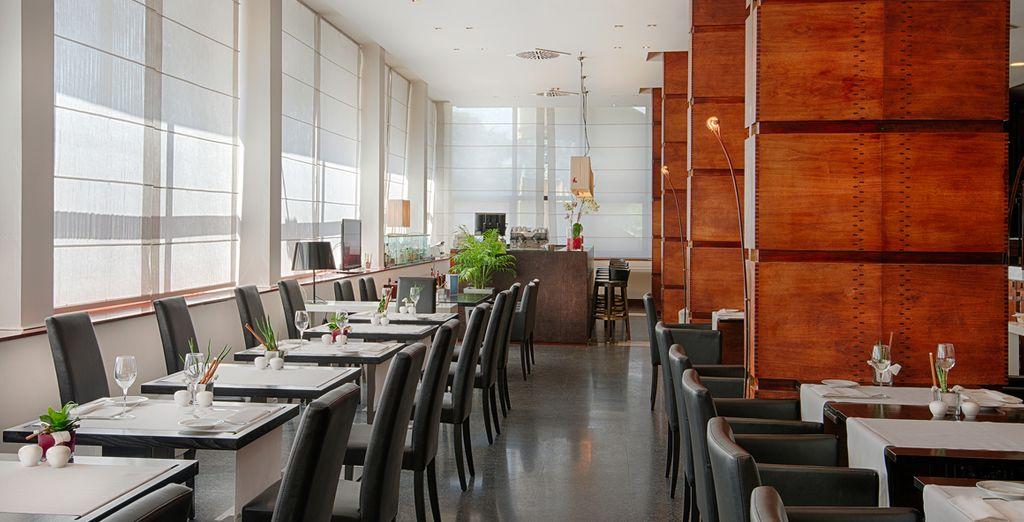 Prenez le temps de savoureux un repas au restaurant de l'hôtel...