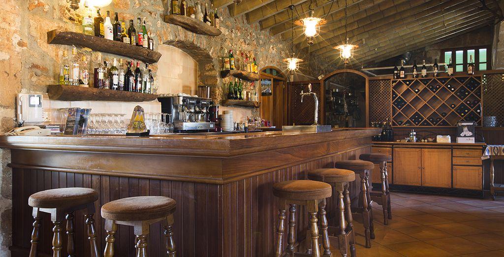 Et si vous avez envie d'un cocktail, installez-vous au bar !