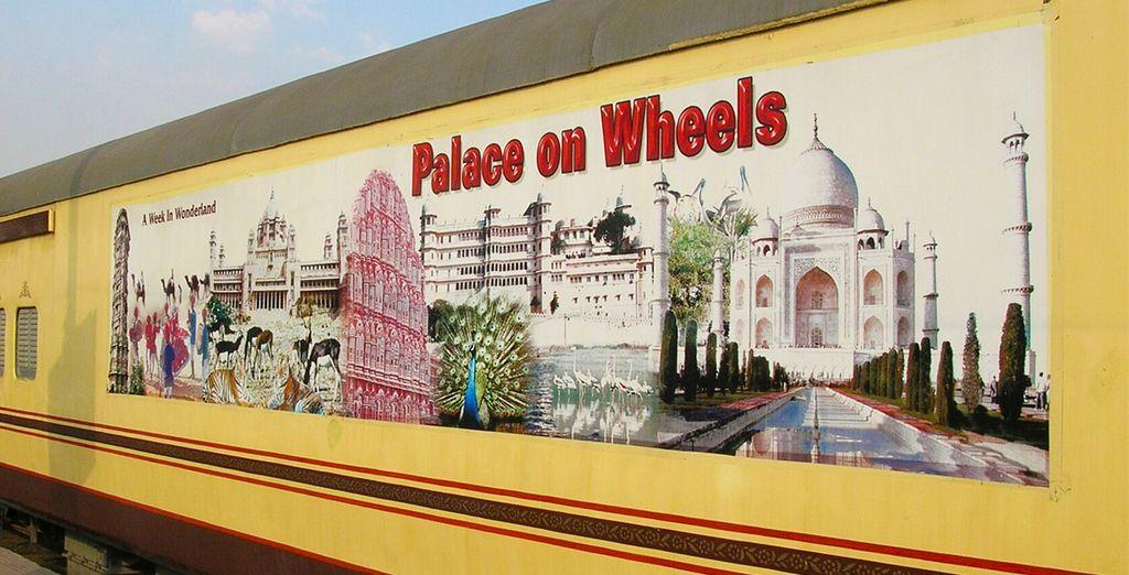 Puis à bord d'un train mythique le Palace on Wheels