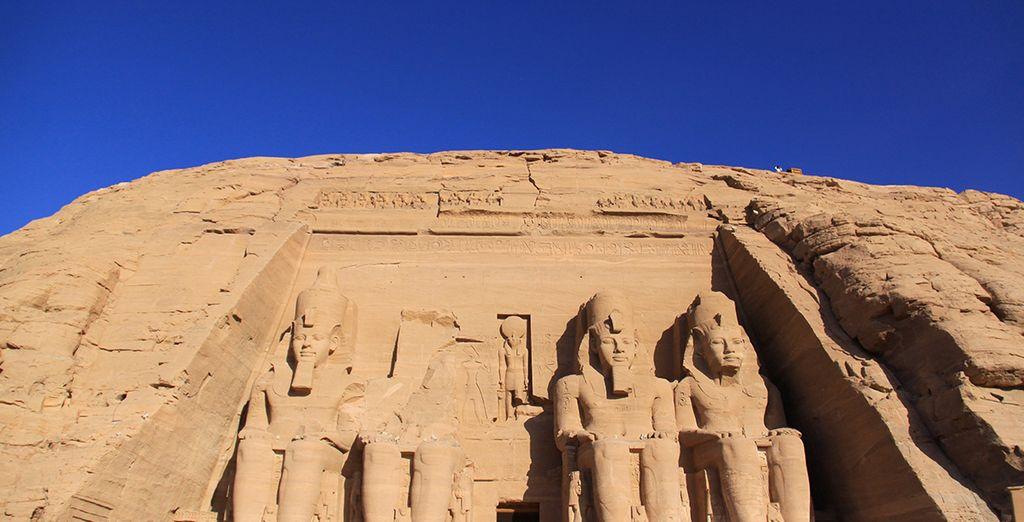 Découvrez le majestueux temple d'Abou Simbel...