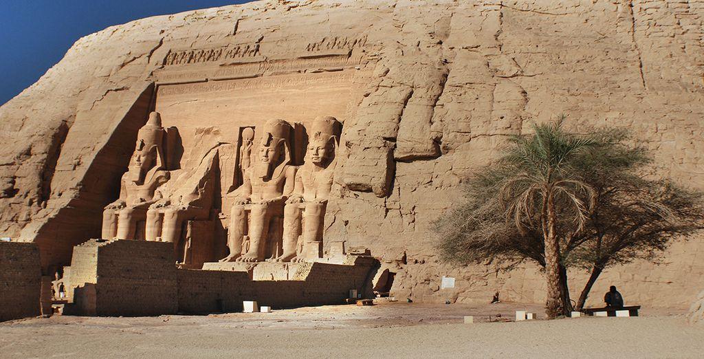 Ou encore Abou Simbel, temple dédié à la grandeur de Ramsès II et de son épouse Néfertari