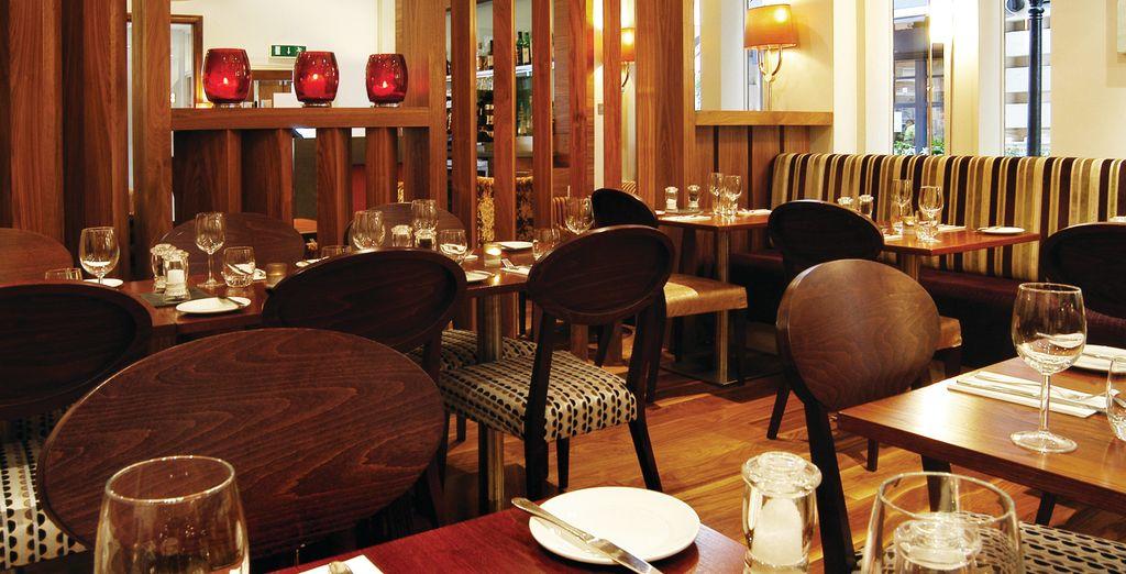 Vous apprécierez découvrir une cuisine britannique et européenne...