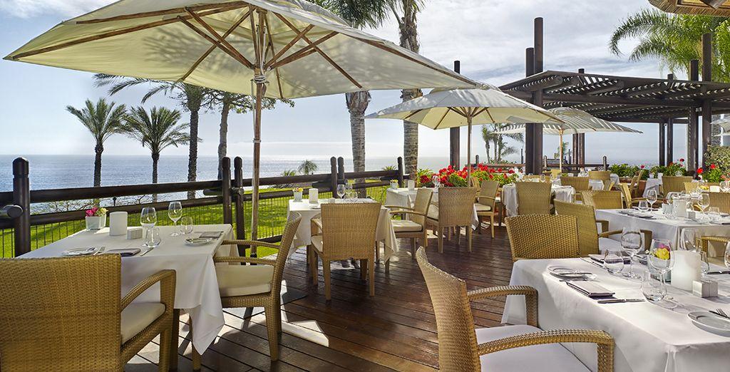 Admirez la vue depuis le restaurant Mirador