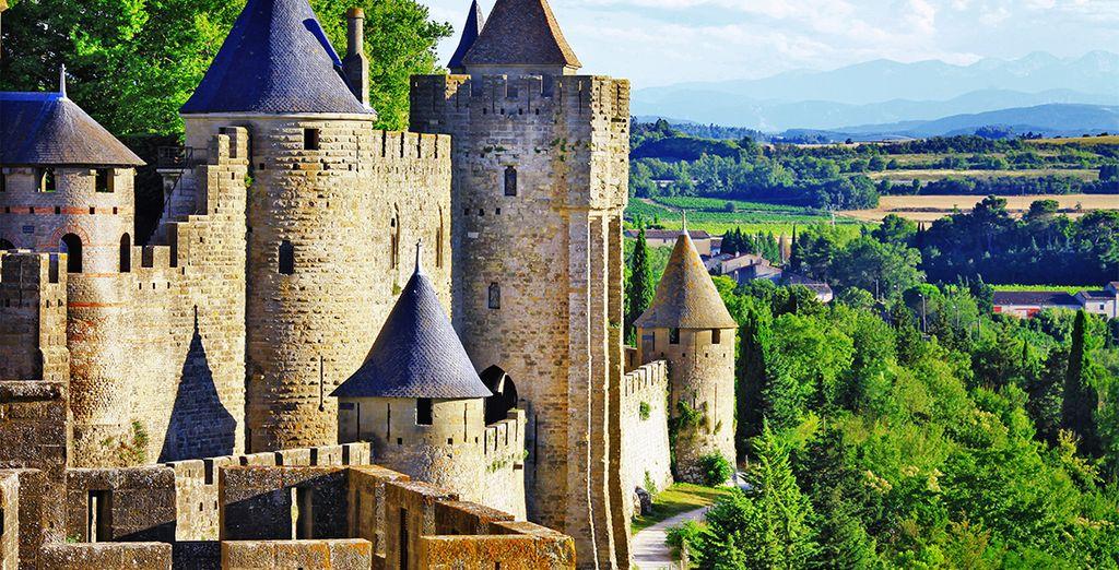 Photographie du château de Carcasonne et ses paysages majestueux