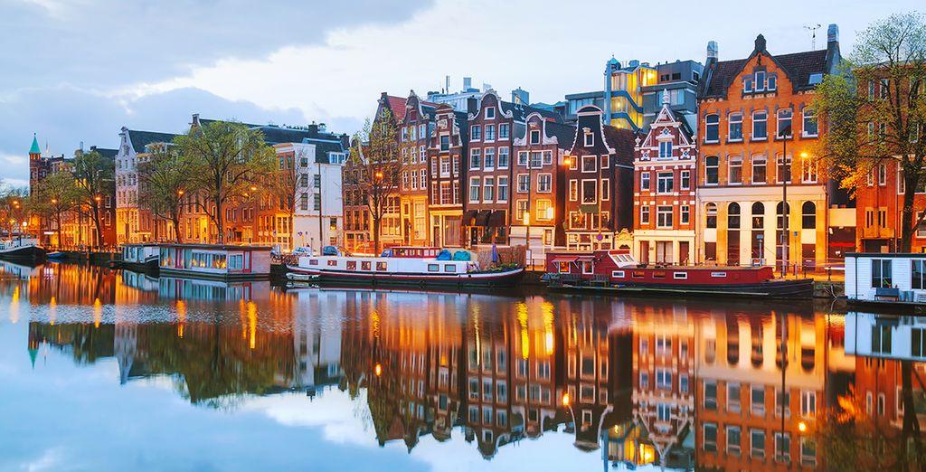 Les magnifiques canaux d'Amsterdam