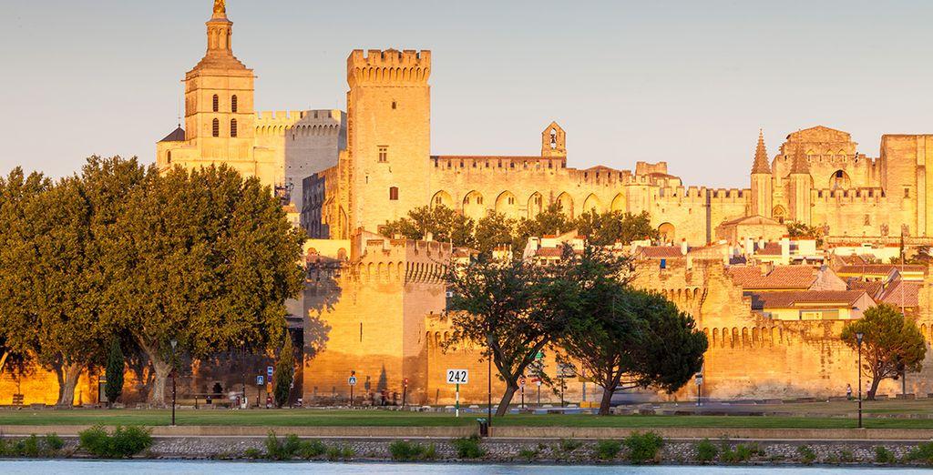 Bienvenue en Avignon ! - Avignon Grand Hôtel  **** Avignon