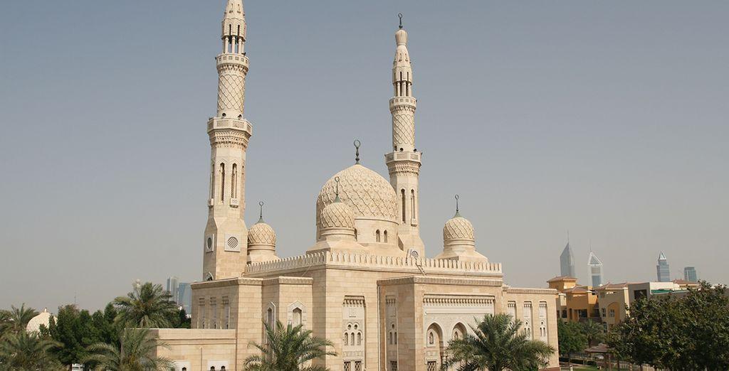 Vous visiterez la Grande Mosquée de Jumeirah