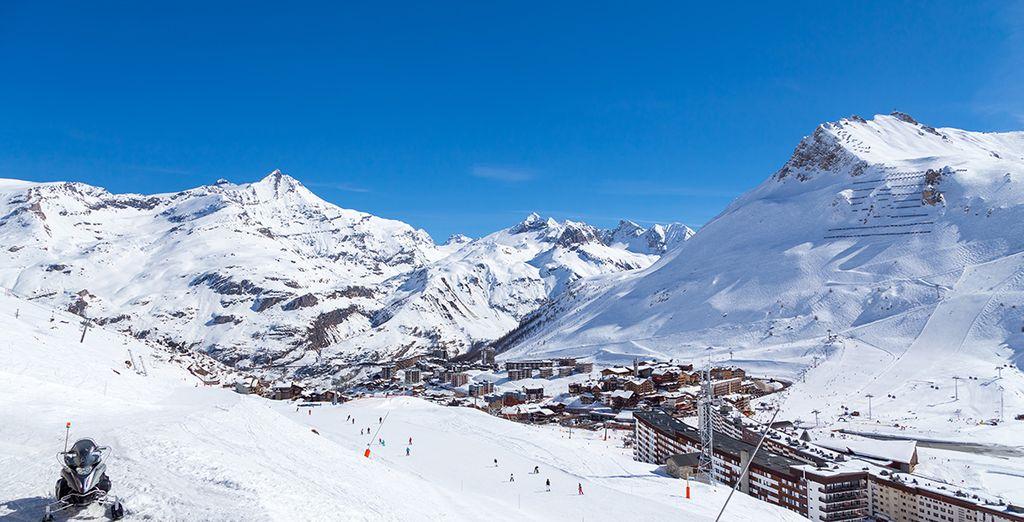 La journée, partez arpenter le domaine skiable