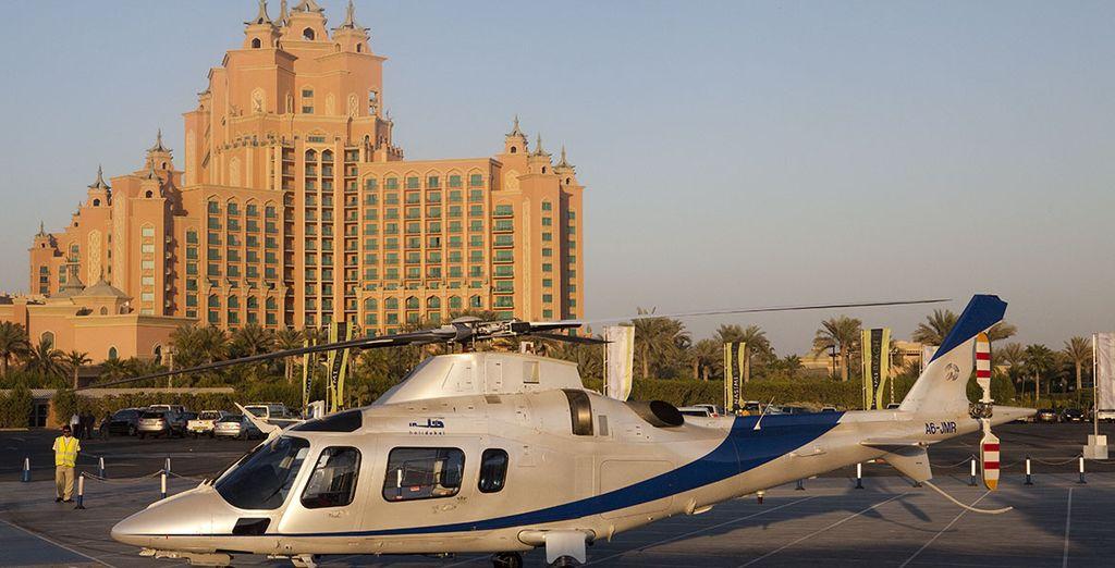 Pour encore plus de sensations, laissez-vous tenter  par un survol en hélicoptère...