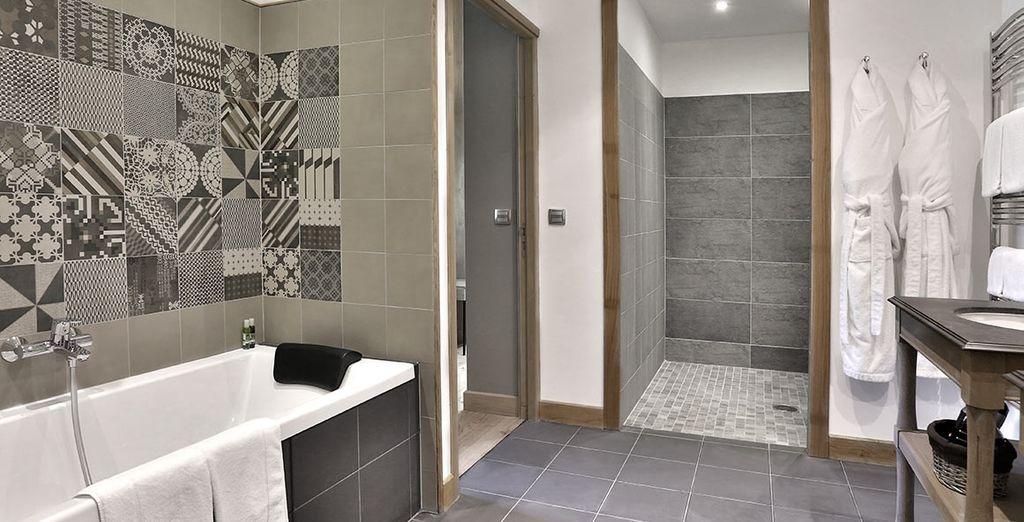 prolongée d'une belle salle de bains