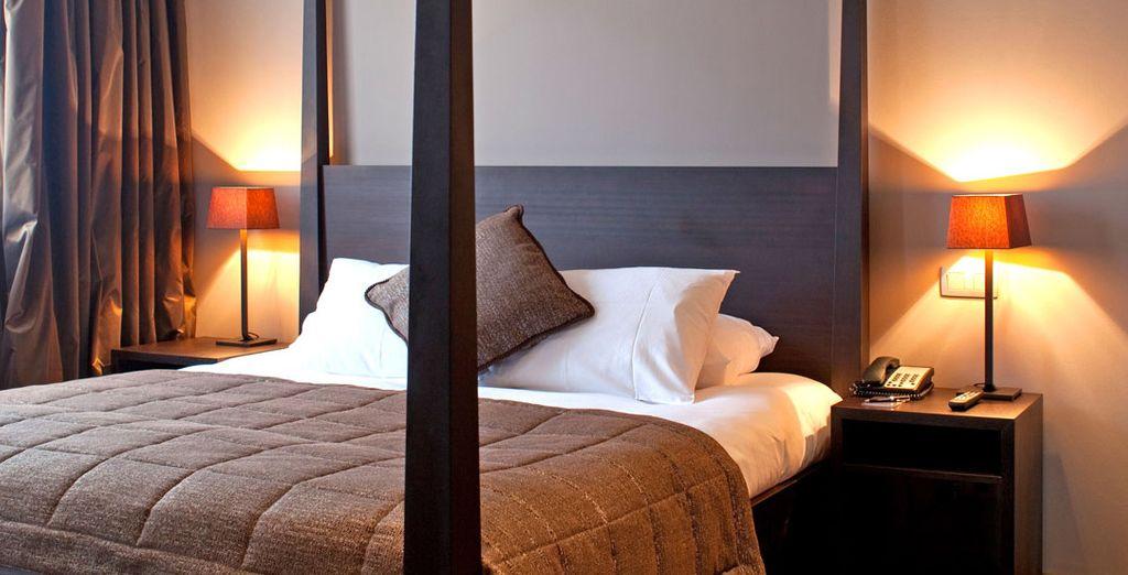 Posez vos valises dans une des chambres Confort, lit double ou lit jumeaux