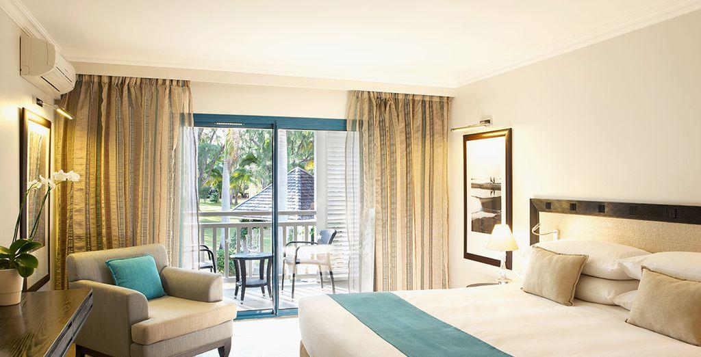Hôtel haut de gamme à la Réunion avec chambre double tout confort, située face à l'océan