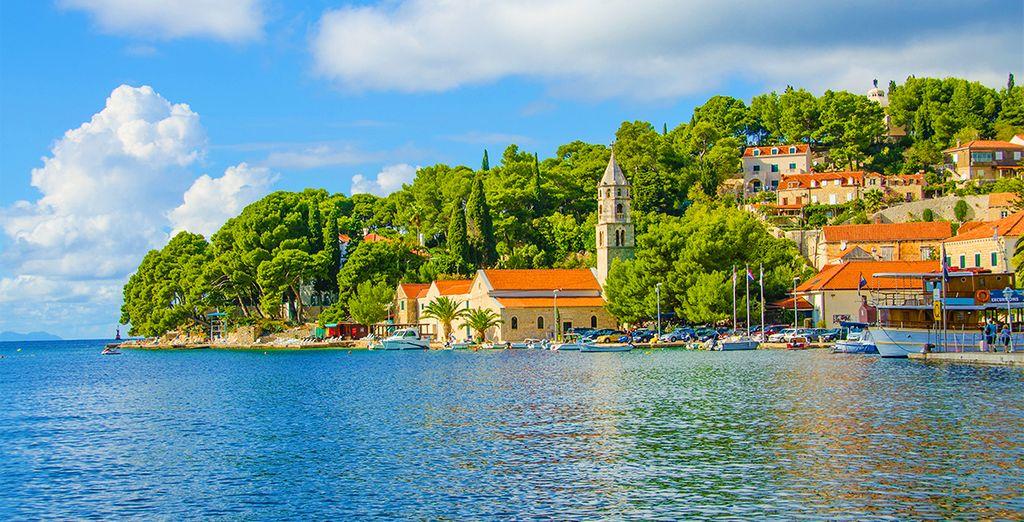 Découvrez le petit port de Cavtat pétri de charme et d'authenticité...