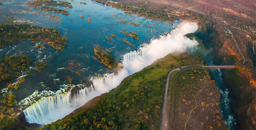 Craquer pour notre formule 10 nuits et découvrez les Victoria Falls...
