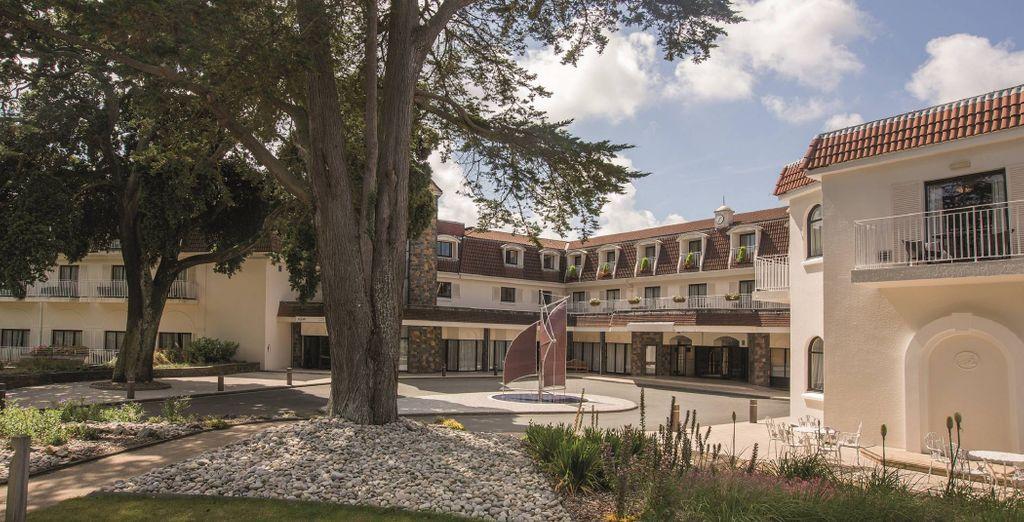 Posez vos valises au St Pierre Park Hotel, Spa & Golf Resort