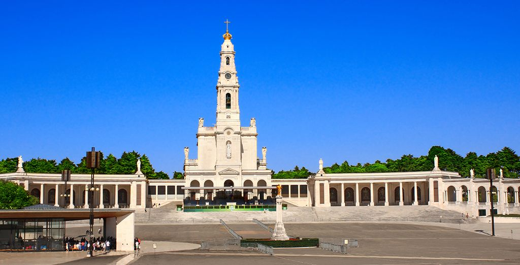Ou visitez Notre-Dame de Fatima!