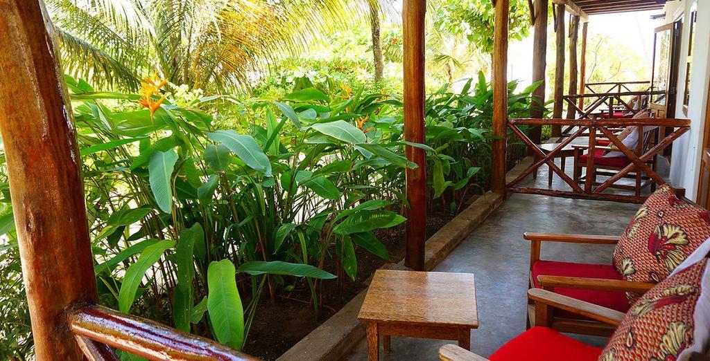 Confortablement installé au coeur d'un écrin tropical