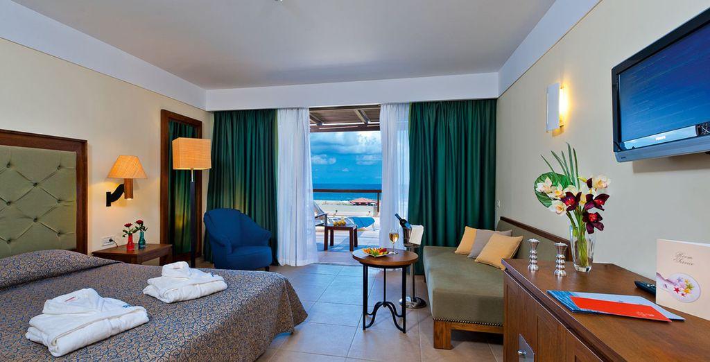 Vous pourrez séjourner en chambre Deluxe vue sur la mer...