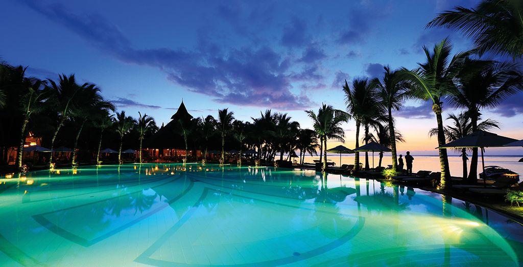 Vous serez prêt pour le spectacle final, le coucher de soleil sur le lagon...