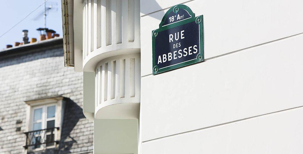 Situé au coeur du 18ème arrondissement, Montmartre est à vos pieds