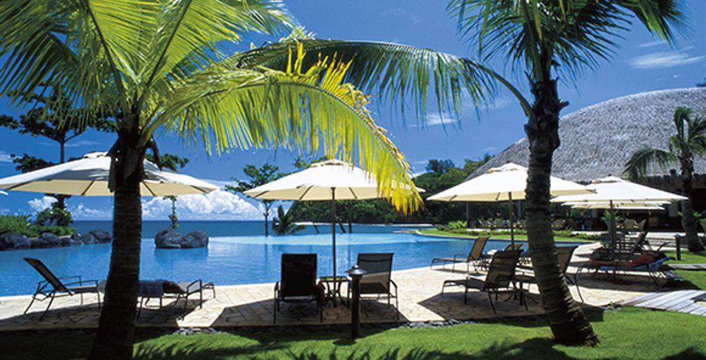 Au Radisson Plaza Resort Tahiti 4*...