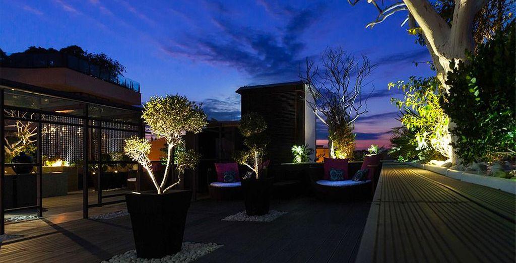 Qui illuminera vos nuits tel un refuge nocturne pour les voyageurs du monde...