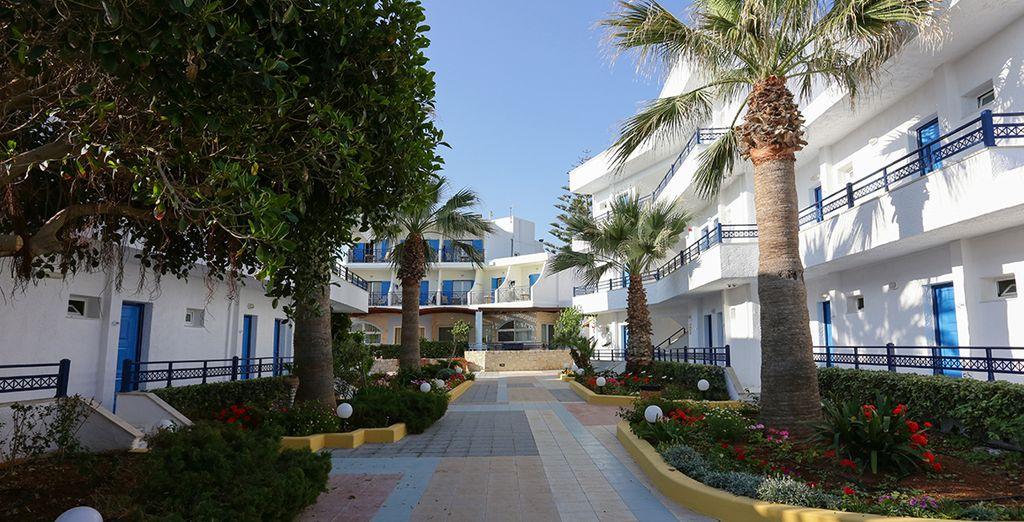 Vous logerez au Kosta Mare Palace & Resort